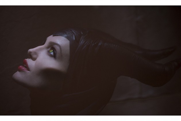 first-official-image-of-angelina-jolie-as-maleficent-630x420
